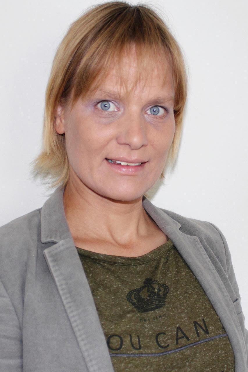 Ria Hasen, coach AICM
