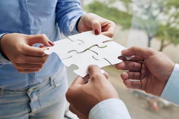Cuando el coaching  y la comunicación organizacional se encuentran by Xiomara Yamil Zambrano Bonilla